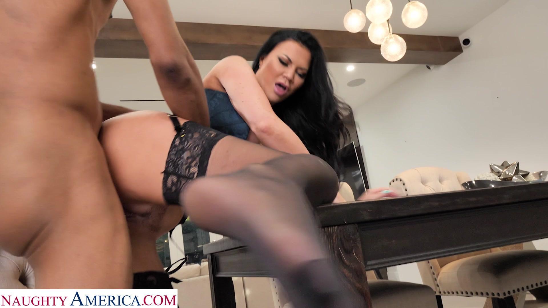 Dirty Wives Club – Jasmine Jae