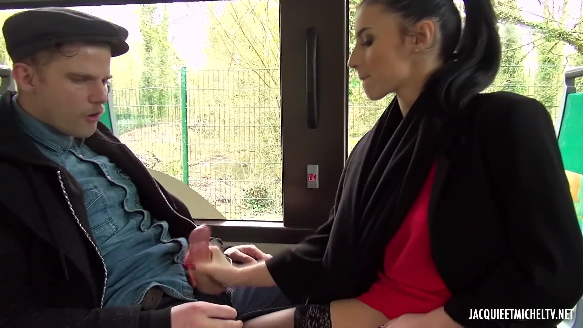 Jacquie Et Michel TV – Nelly Takes The Bus Of Vice FRENCH