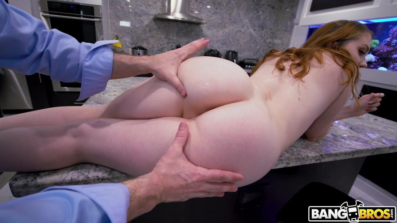 Ass Parade – Arietta Adams