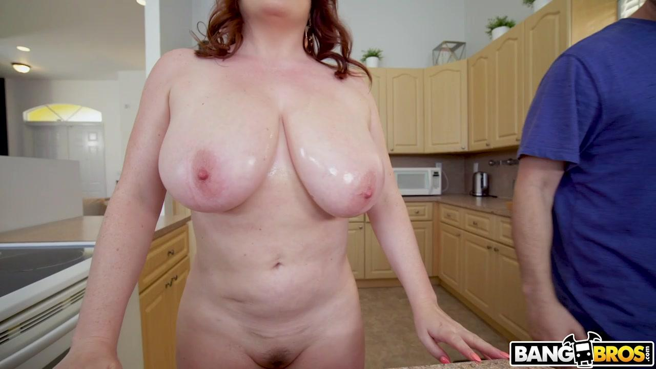 Big Tits Round Asses – Maggie Green